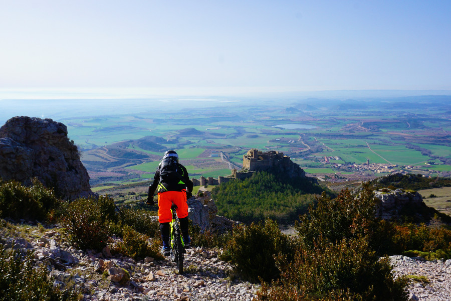 Gravity assisted MTB in the Spanish Pre-Pyrenees. 3 days